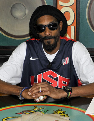 """Hip Hop Star Snoop Dogg Changes His Name To Snoop Lion """"He Now Quits Rap And Goes Reggae For 'Reincarnation' """""""