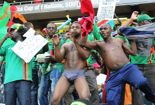 zambian supporters in south africa – Tumfweko